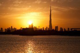 Západ Slunce v Dubaji, Emiráty